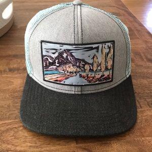 REI Abby Paffrath hat